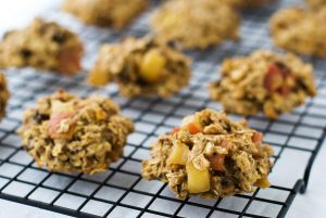 Apple pie breakfast cookies