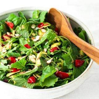 Simple lemon kale salad
