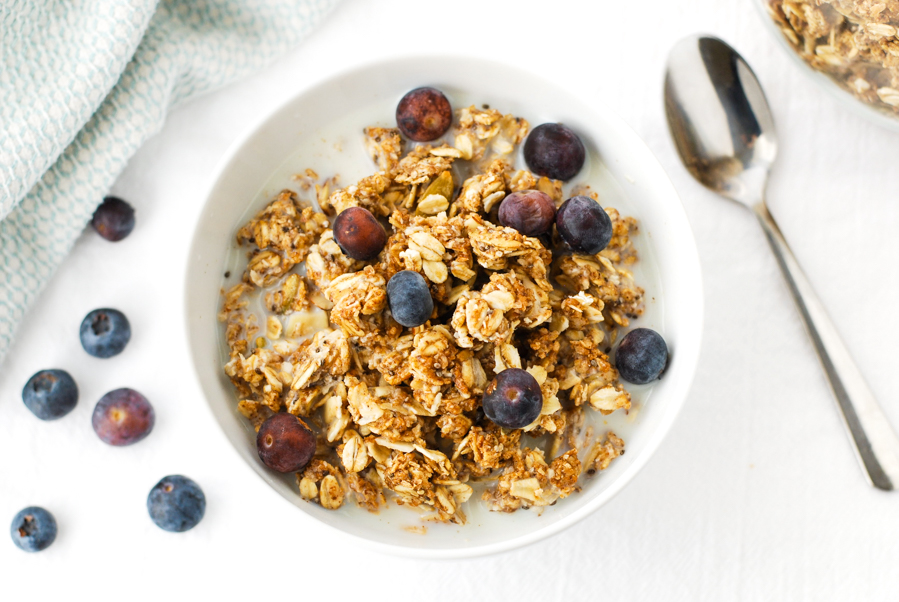 Almond butter crunch granola