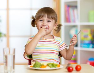How to encourage your child to eat well