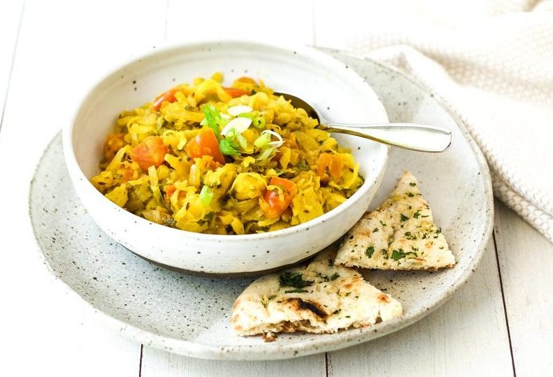 Indian cabbage potato curry {vegan}
