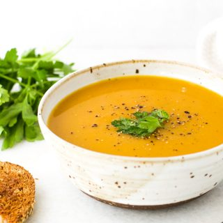 Simple Squash Soup {Vegan}